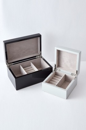 Lacquered-Jewellery-Box on sale